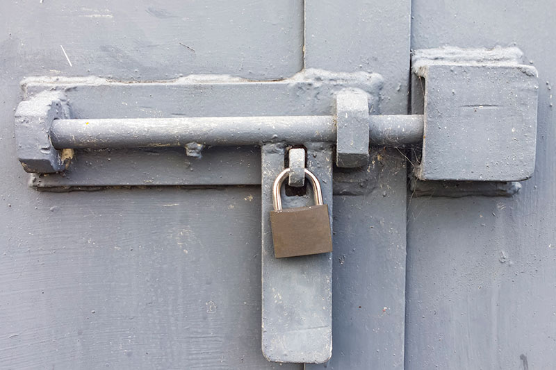 cerrar - close - lock - shut