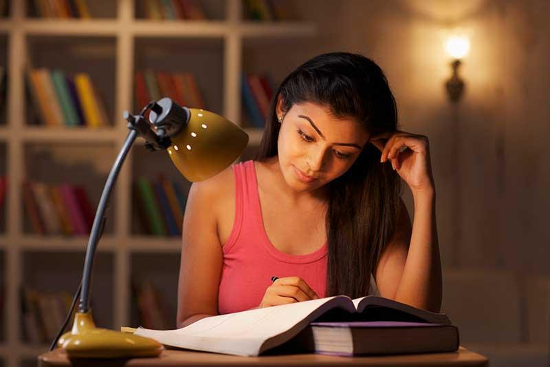 estudiar - study