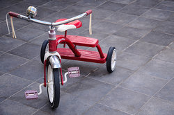 Tricycle to illustrate number and quantity prefixes