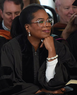 Oprah Winfrey at Agnes Scott College 2017 Commencement