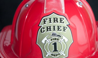 The helmet of a fire chief.
