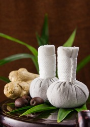 Spa herbal poultice