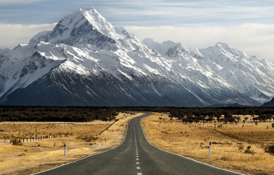 Mount Cook has an impressive prominence in the landscape since it is the tallest mountain in New Zealand.