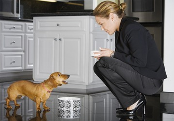 She hoped to quell her dog's barking by giving him food.