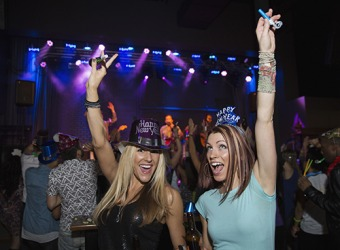 Chelsea and her best friend ring in the New Year at their favorite club.