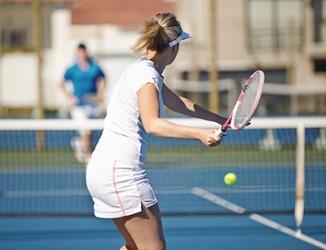 She got a service break in the tennis match.