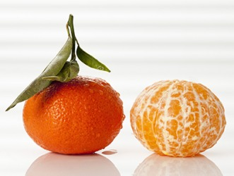 Clementines and tangerines are similar with both being in the mandarin class of oranges, but clementines are smaller and seedless.