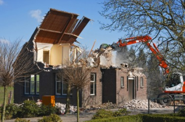 Amazing A House Being Demolished.