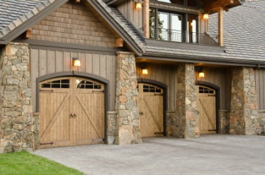A home with three garages.