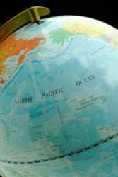 The international date line runs through the Pacific Ocean.