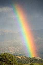 An example of a spectrum is a rainbow.