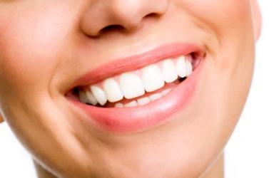 This woman has nice teeth.