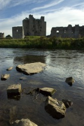 Castle ruins by the river Boyne.